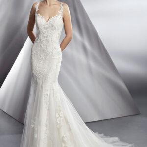 Boston, Blushing Bridal Boutique