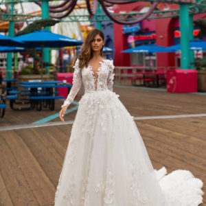 Blushing Bridal Boutique ,MillaNova Bevin, Califoria Dreaming, New Collection 2019,wedding gown-Mississauga-woodbridge-vaughan-toronto-gta-ontario-canada-montreal-buffalo-NYC-california