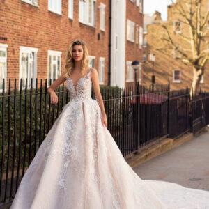 Karen, Milla Nova, Blooming London, Blushing Bridal Boutique, Toronto, Canada, USA