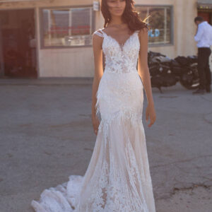 Luna, Milla Nova,California Dreaming, Blushing Bridal Boutique, Toronto, Canada, USA