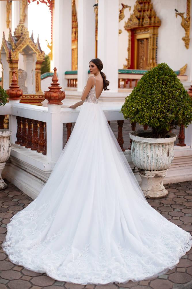 Melisa,Milla, Milla Nova, Lorenzo Rossi, Blushing Bridal Boutique
