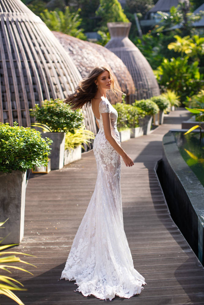 Nika,Milla, Milla Nova, Lorenzo Rossi, Blushing Bridal Boutique