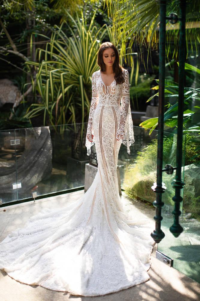 Regina,Milla, Milla Nova, Lorenzo Rossi, Blushing Bridal Boutique
