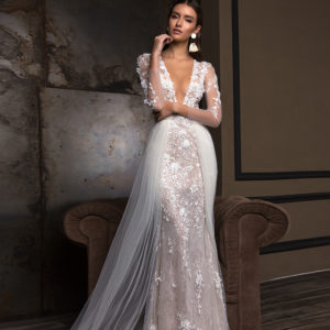 Blushing Bridal Boutique Crystal Design, Deli, Timeless Beauty Collection