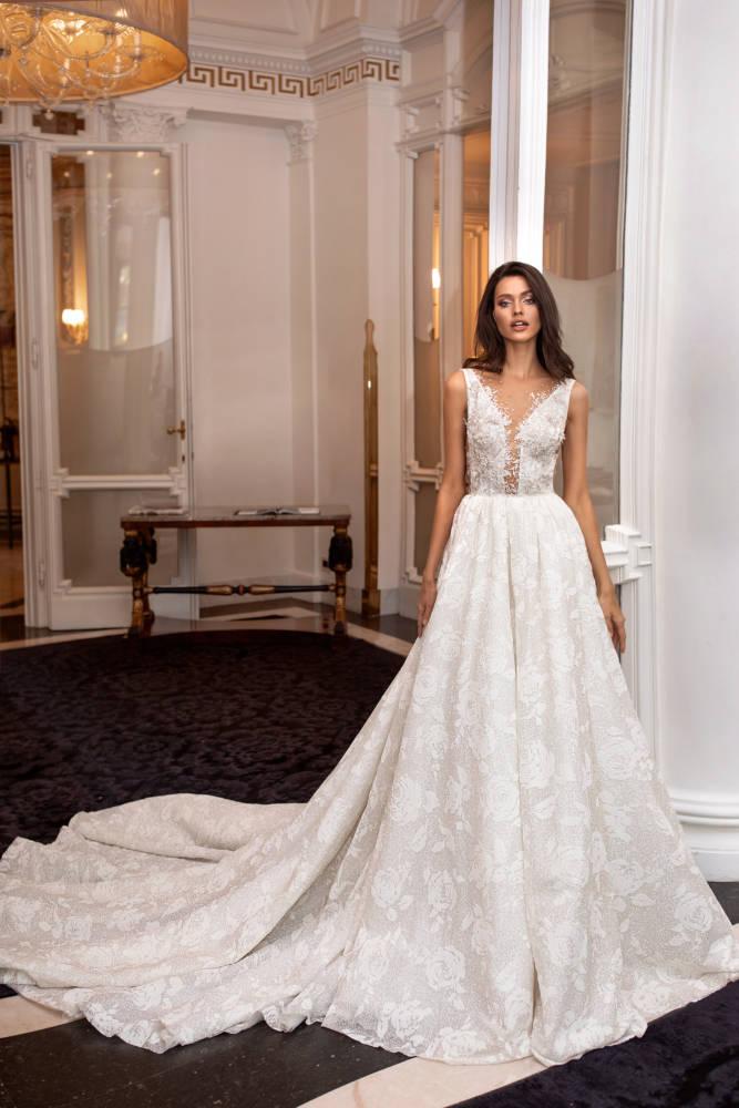 Olga, Milla Nova, Royal Collection Blushing Bridal Boutique, Toronto, Canada, USA