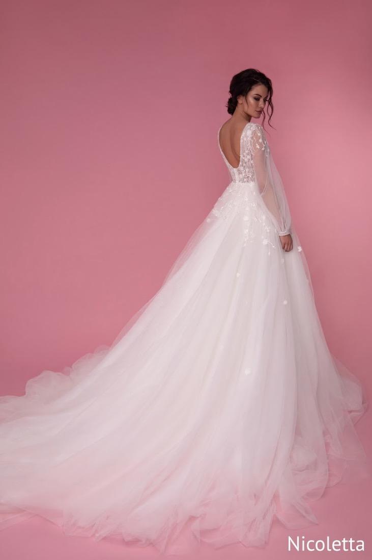 Nicoletta Oro Rosa, Blushing Briidal Boutique