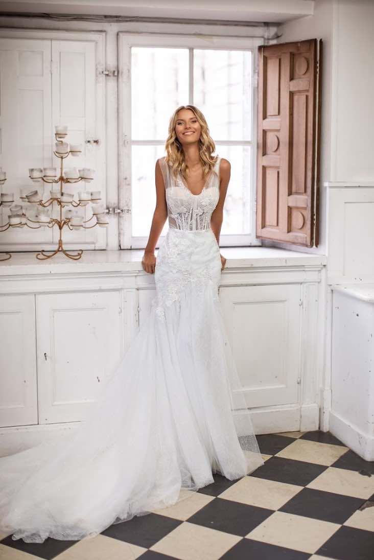 Amber, Milla Nova, Simply Milla, Blushing Bridal Boutique