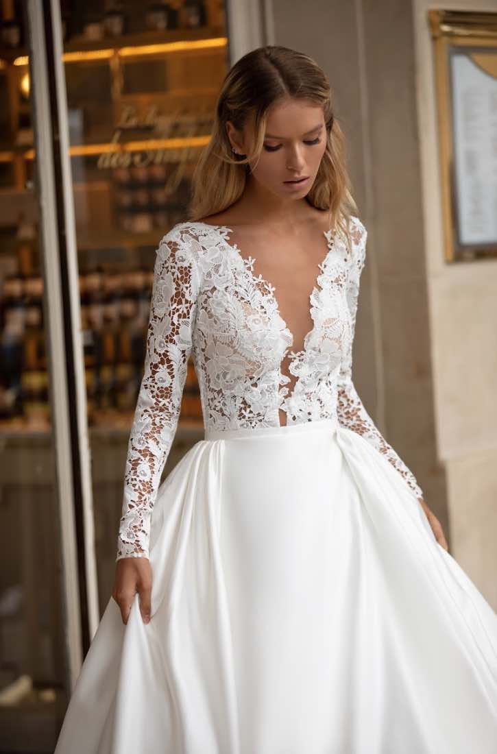 Carrie, Milla Nova, Simply Milla, Blushing Bridal Boutique