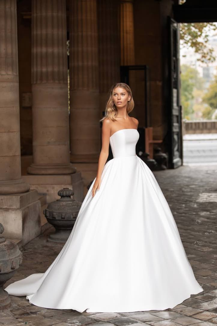 Robin, Milla Nova, Simply Milla, Blushing Bridal Boutique