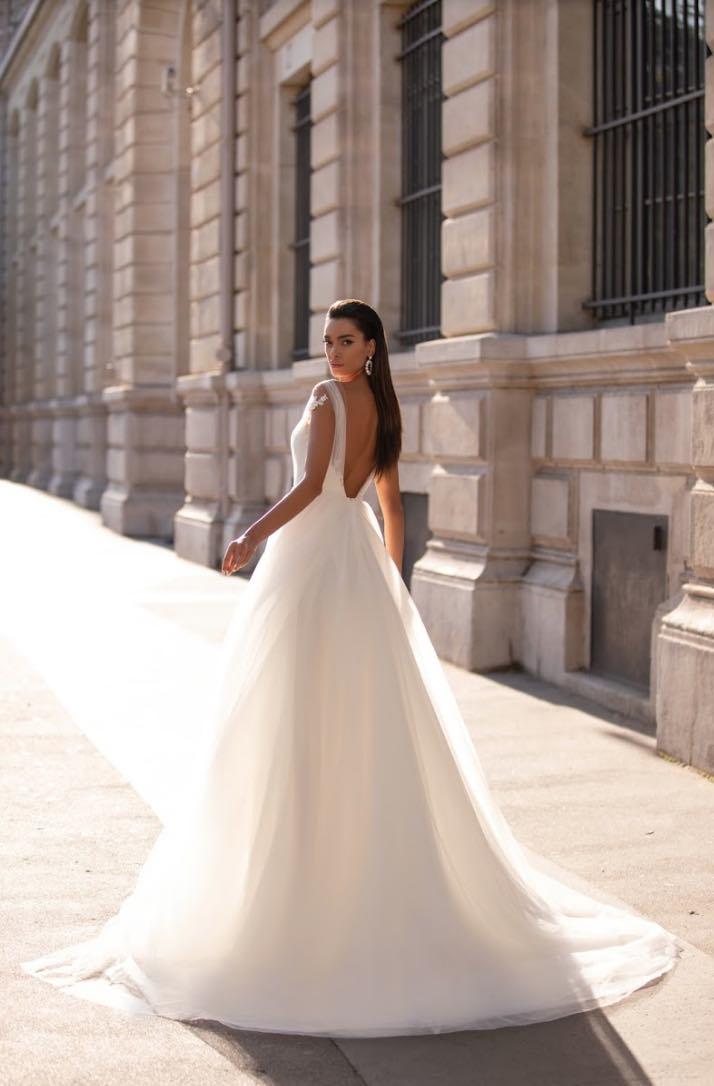 Annebelle, Lorenzo Rossi, Milla Nova Simply Milla, Blushing Bridal Boutique