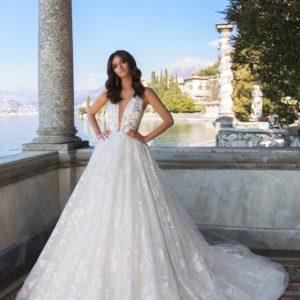 Betta, Blushing Bridal Boutique, Exclusive, Toronto