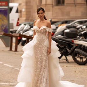 Charlotta, Giovanna Alessandro, Giovanna Luxury, Blushing Bridal Boutique