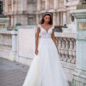 Lizette, Lorenzo Rossi, Milla Nova Simply Milla, Blushing Bridal Boutique