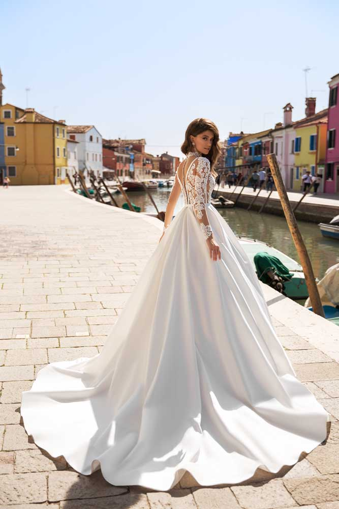 Veronica, Blushing Bridal Boutique, Exclusive, Toronto