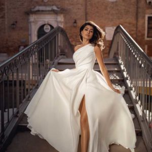 Leonara, Viero Bridal, Venice Flood, Blushing Bridal Boutique, Toronto