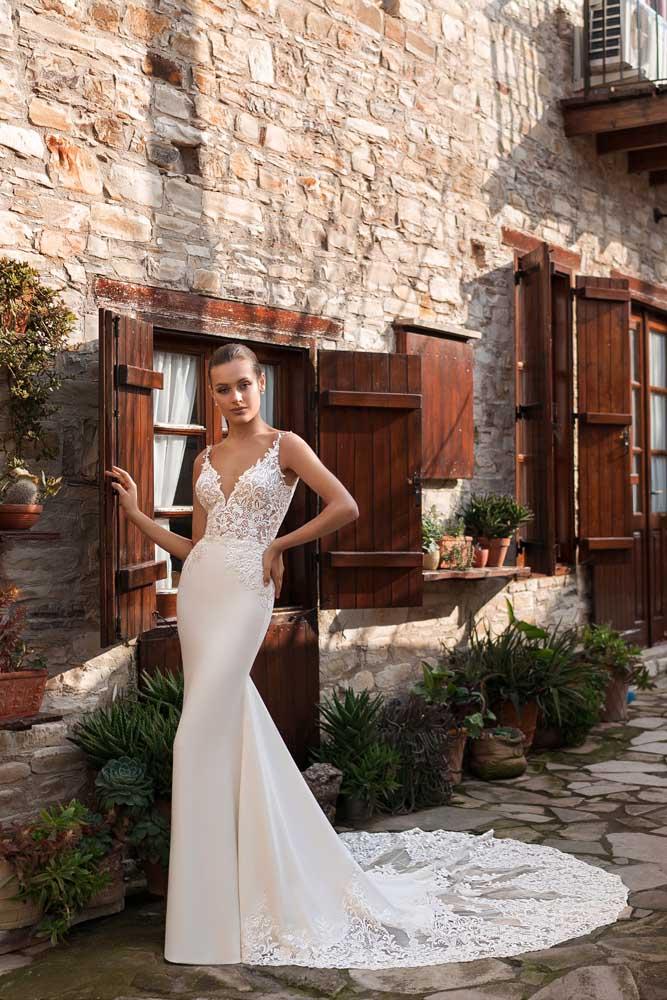 Paola, Ari Villoso, Venice, Say Yes, Blushing Bridal Boutique, Toronto