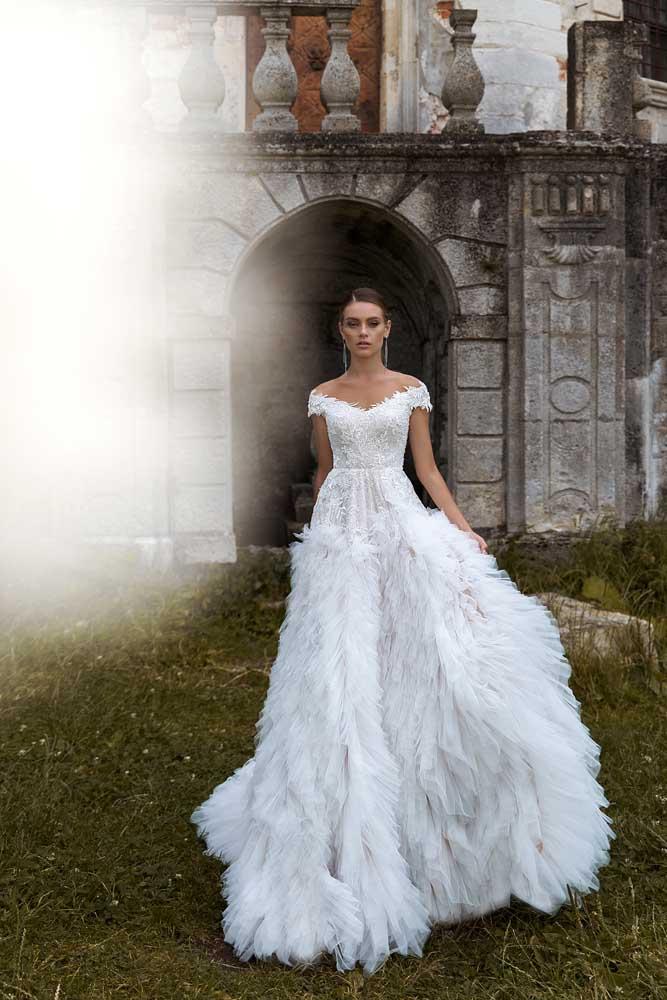 Victoria, Ari Villoso, Allure Tones, Blushing Bridal Boutique, Toronto, USA