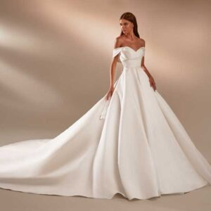 Maura, Milla Nova, In the name of love, Blushing Bridal Boutique, Toronto, Canada, USA