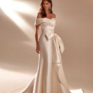 April, Milla Nova, In the name of love, Blushing Bridal Boutique, Toronto, Canada, USA