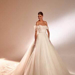 Avrama, Milla Nova, In the name of love, Blushing Bridal Boutique, Toronto, Canada, USA