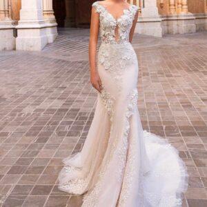 Fresia, Blushing Bridal Boutique, Toronto, Canada, USA