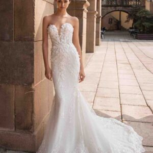 Athena, Pronovias, Blushing Bridal Boutique, Toronto, Canada, USA