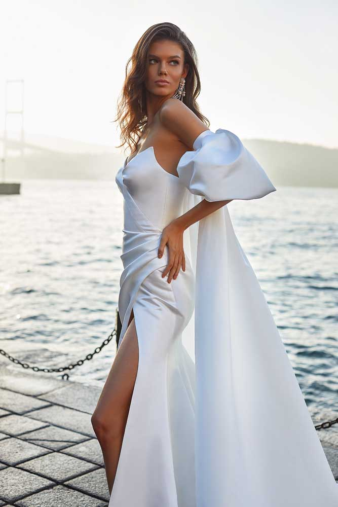 Gigi, Milla Nova, White & Lace Blushing Bridal Boutique, Toronto, Canada, USA