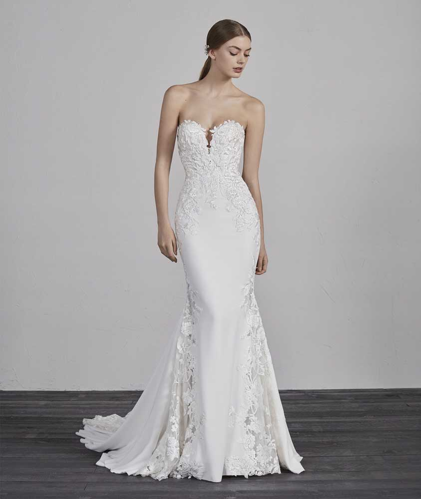 Epico, Pronovias, Blushing Bridal Boutique, Toronto, Canada, USA
