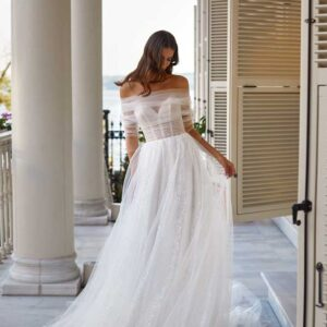 Wilma, Milla Nova, White & Lace Blushing Bridal Boutique, Toronto, Canada, USA