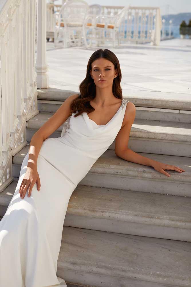 Athena, Milla Nova, White & Lace Blushing Bridal Boutique, Toronto, Canada, USA