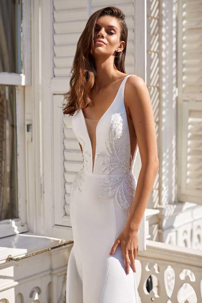 Elia, Milla Nova, White & Lace Blushing Bridal Boutique, Toronto, Canada, USA