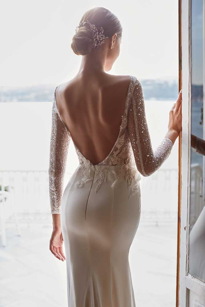Holly, Milla Nova, White & Lace Blushing Bridal Boutique, Toronto, Canada, USA