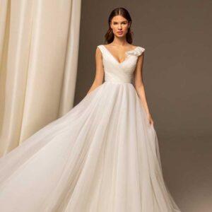 Freya, Ari Villoso, Capsule ,Blushing Bridal Boutique, Toronto, Canada, USA