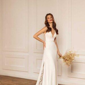 Leia, Ari Villoso, Capsule ,Blushing Bridal Boutique, Toronto, Canada, USA